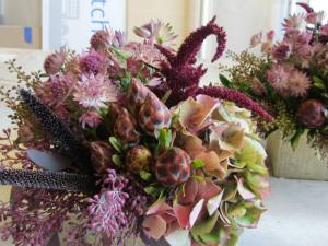 Bits and bobs of earthy flowers to evoke the woodside.